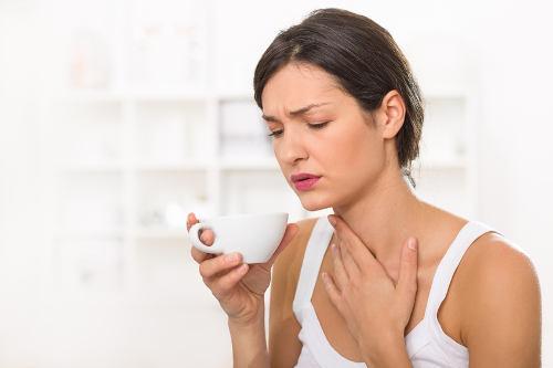 Болит кадык: разбор возможных причин у мужчин и женщин