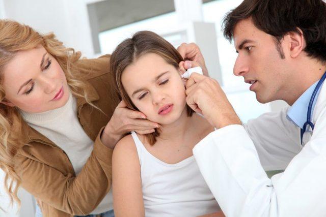 Отит: разбор и характеристика всех форм, симптомы, лечение подробно