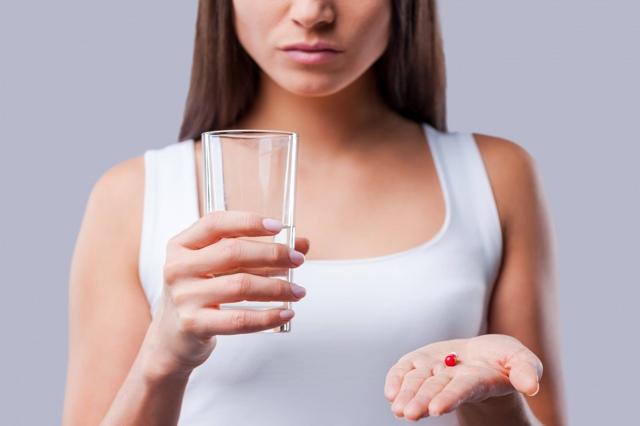 Ушные капли при отите, антибиотики, препараты, лекарства