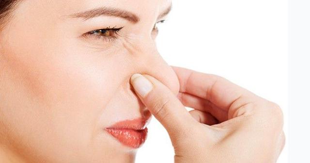Озена (насморк с запахом): в чем причина, симптомы, лечение