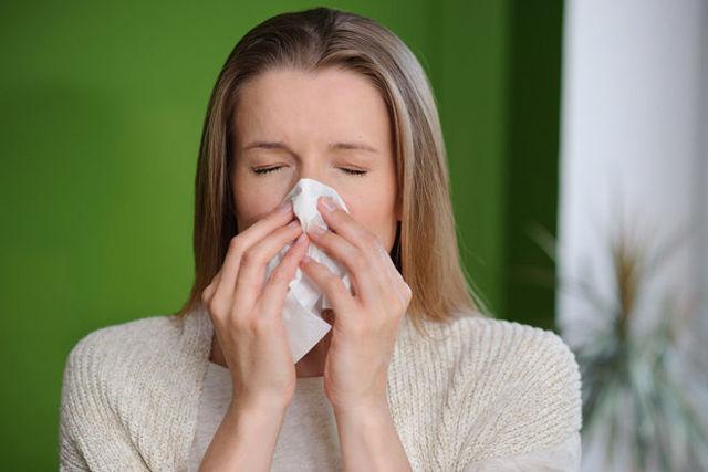 Слизь в носу: причины, лечение - прозрачной, желтой, зеленой у детей и взрослых