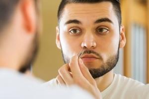 Фурункул в носу: иммунолог о причинах, развитии и тактике лечения