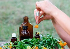 Сильный кашель - причины, лечение, препараты и народные средства