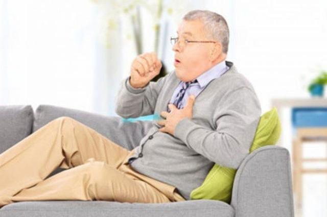 Кашель при коклюше – особенности симптома у взрослых и детей