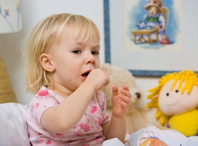 Сухой кашель без температуры у ребенка долго не проходит: лечение