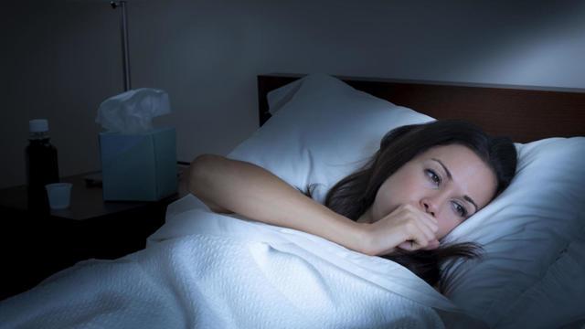 Кашель перед сном: список возможных причин, на что обратить внимание
