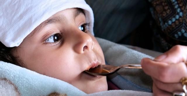Температура у ребенка 38 держится 5 дней и кашель - как лечить