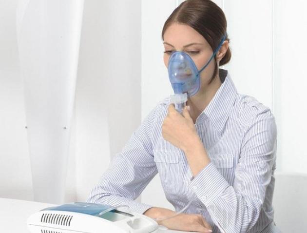 Ингаляции при сухом кашле: ингалятор, небулайзер, плюсы и минусы