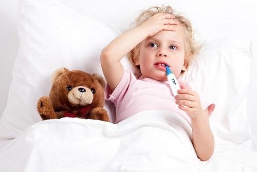 Ребенок кашляет не переставая – причины, что делать