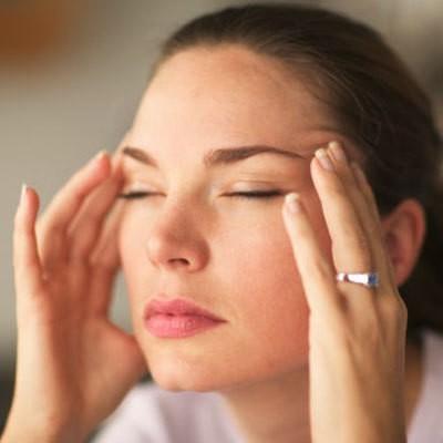 При кашле болит голова - причины, диагностика и лечение