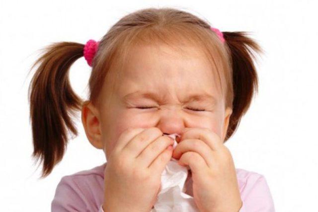 Кашель и температура 38 у ребенка с насморком: причины и лечение